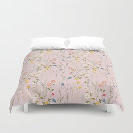 Dreamy Floral Pattern Duvet Cover