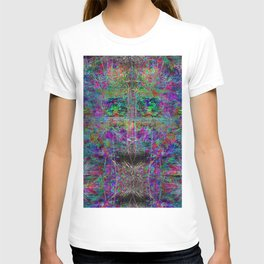 Senile Scream (abstract, psychedelic, visionary, glowing edges) T-shirt