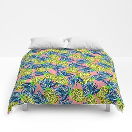 pineapples on flamingo pink Comforters