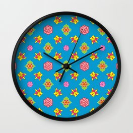 Crown Pattern Wall Clock