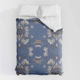 Star-filled sky (Star Magnolia flowers!) - diamond repeating pattern Comforters