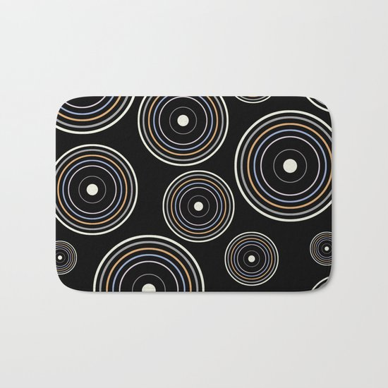CONCENTRIC CIRCLES IN BLACK (abstract pattern) Bath Mat