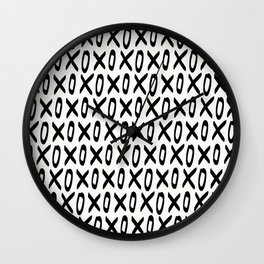 XO Pattern Wall Clock