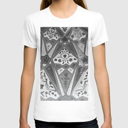 indian wall Painting Mosaic Flowers - black & white T-shirt