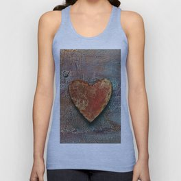 Rusty grunge love heart Unisex Tank Top