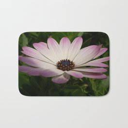 Side View of A Pink and White Osteospermum Bath Mat