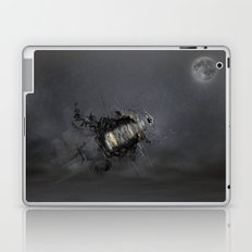 Overload the moon! Laptop & iPad Skin