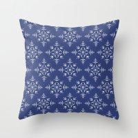 Paper Cut Snowflake Pattern Throw Pillow
