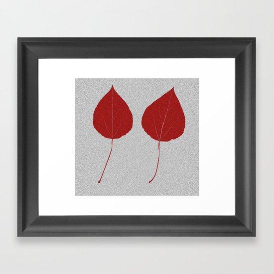 Leafs rouge Framed Art Print