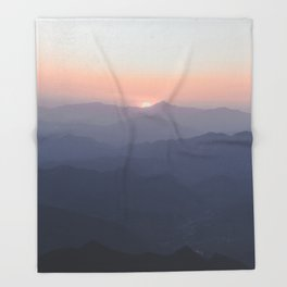 The Great Wall of China III Throw Blanket