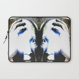 P the CASSO «the body in the middle» Laptop Sleeve