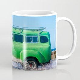 Waves and Classic Cars of the Malecón - 6 Mug