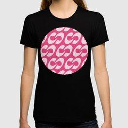 Script Letter C Pattern T-shirt