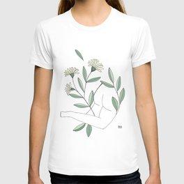 Flower lounging T-shirt