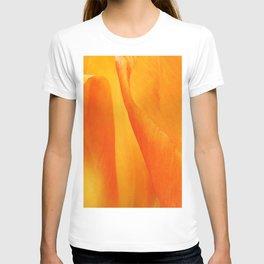 435 - Abstract tulip design T-shirt