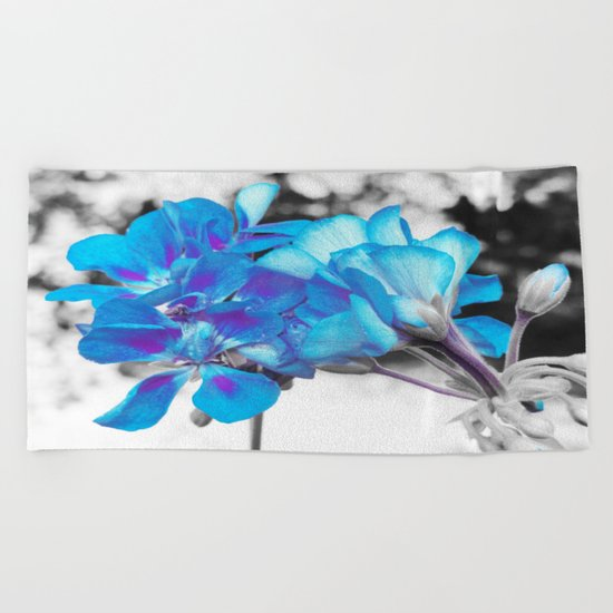 Turquoise Flowers Beach Towel