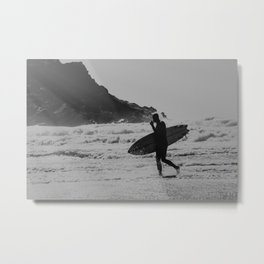 Silhouette Surfer Metal Print