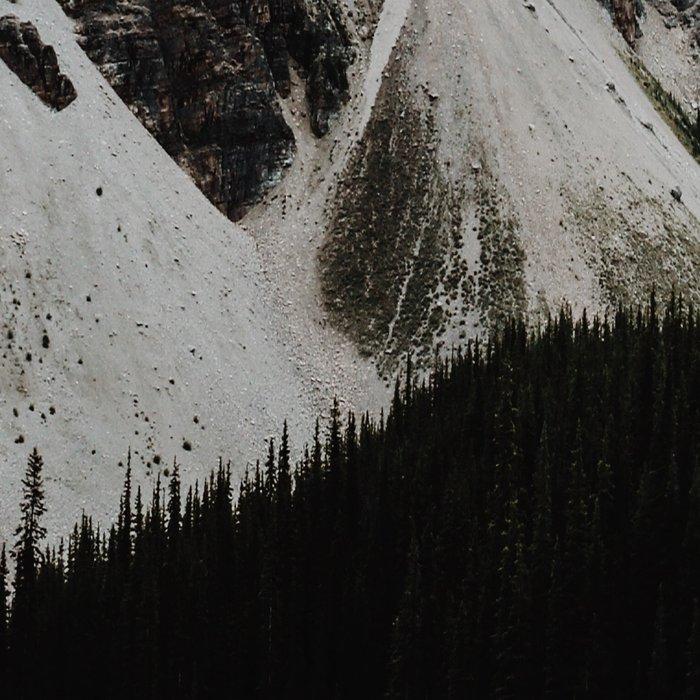Lake Moraine, Banff National Park Leggings