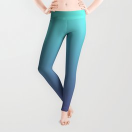 Ultra Violet Teal Ombre Gradient Pattern | Trendy color of the Year 2018 Leggings