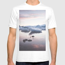 Sunset over Glacier Lagoon - Landscape and Nature Photography T-shirt