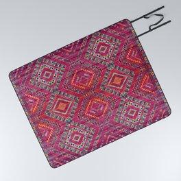 N118 - Pink Colored Oriental Traditional Bohemian Moroccan Artwork. Picnic Blanket