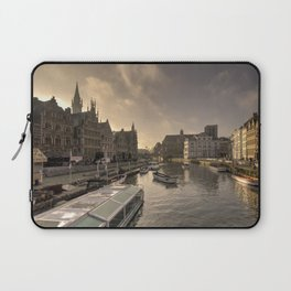 Gent winter dawn Laptop Sleeve