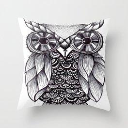 it's a hoot Throw Pillow