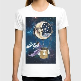 Vintage hot air ballon in a starry galaxy night sky T-shirt