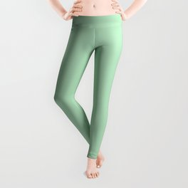 Pastel Mint Green Solid Color - Pairs with Valspar America Green Vibe Patel Green 6002-7B Leggings
