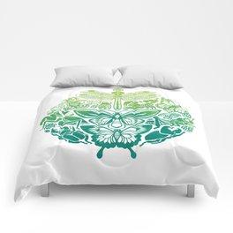 Bugs & Butterflies: green Comforters