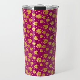 Pattern with Baby Feet  and Hearts in gold color Travel Mug