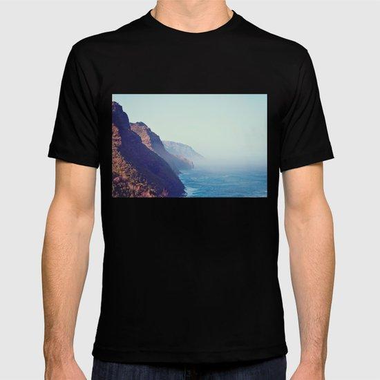 Hawaii Mountains Along the Ocean T-shirt