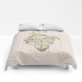 A Traveler's Heart (N.T) Comforters