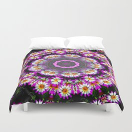 Crowning Daises Duvet Cover
