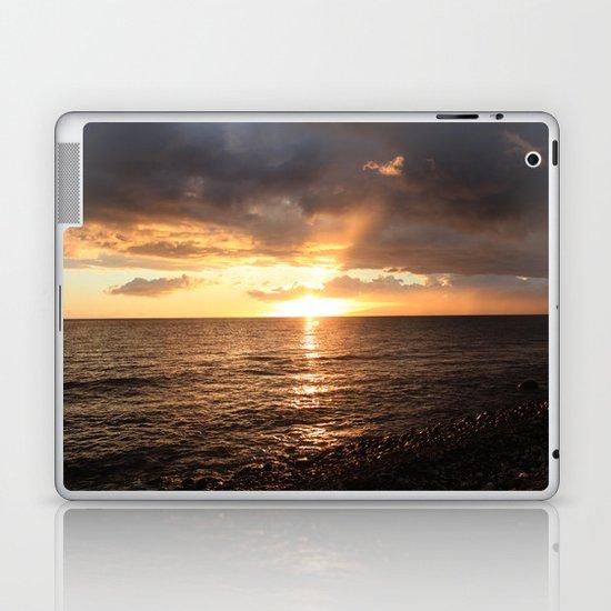 Good night sun! Laptop & iPad Skin
