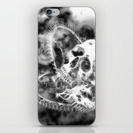 Zahn der Zeit - schwarz-weiß iPhone Skin