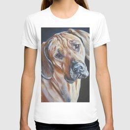 Rhodesian Ridgeback dog art portrait from an original painting by L.A.Shepard T-shirt