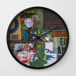 Graffiti Amor Wall Clock