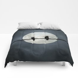 Two Crows In The Light Of A Silvery Moon Comforters