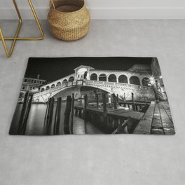 VENICE Rialto Bridge at Night | Monochrome Rug