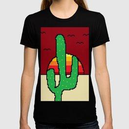 Cactus in the desert sunset T-shirt