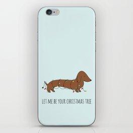 SAUSAGE DOG CHRISTMAS TREE iPhone Skin