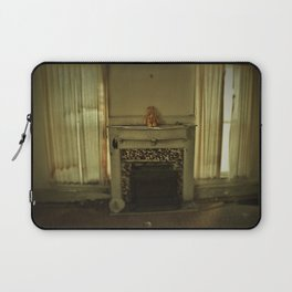 Hanging Out Laptop Sleeve