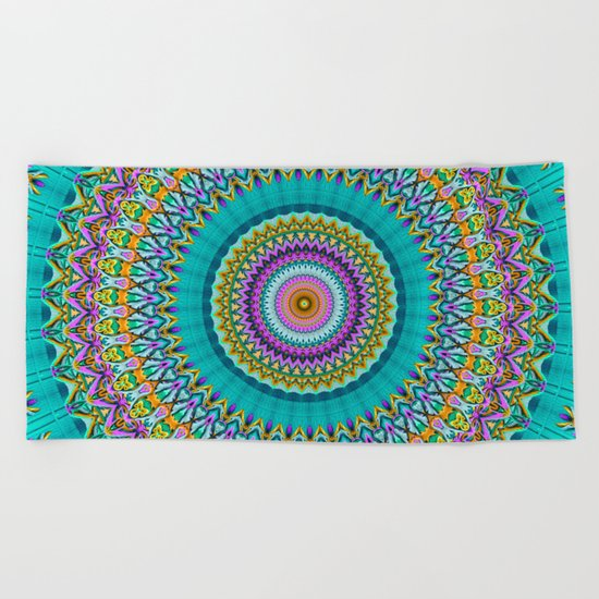 dreaming mandala Beach Towel