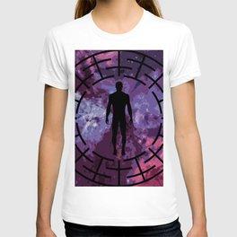 Black labyrinth man silhouette T-shirt