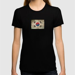 Old and Worn Distressed Vintage Flag of South Korea T-shirt