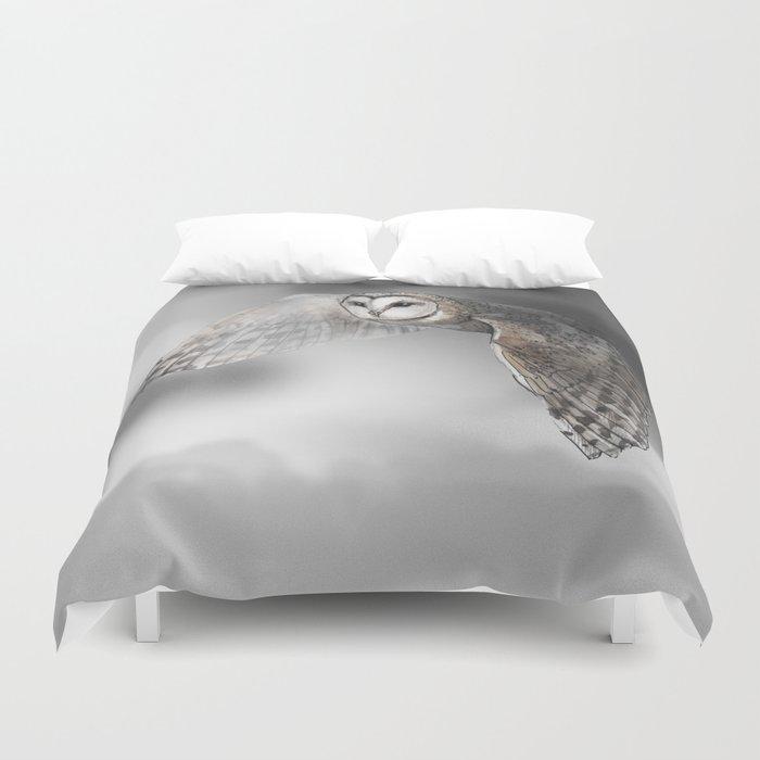 flying owl (tyto alba) Duvet Cover