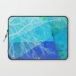 P19-C2 TREES AND TRIANGLES Laptop Sleeve