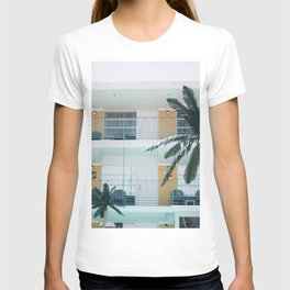 Retro Motel in Wildwood, New Jersey T-shirt
