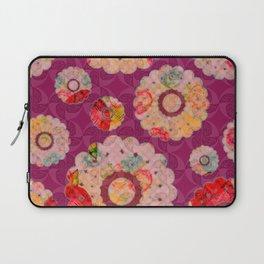 Doily full o'flowers Laptop Sleeve